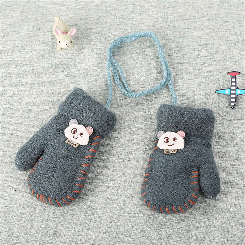 Best Selling New Playful Bear Cartoon Baby Gloves Winter Warm Thick Gloves Children Children Go Out To Play Warm Gloves.