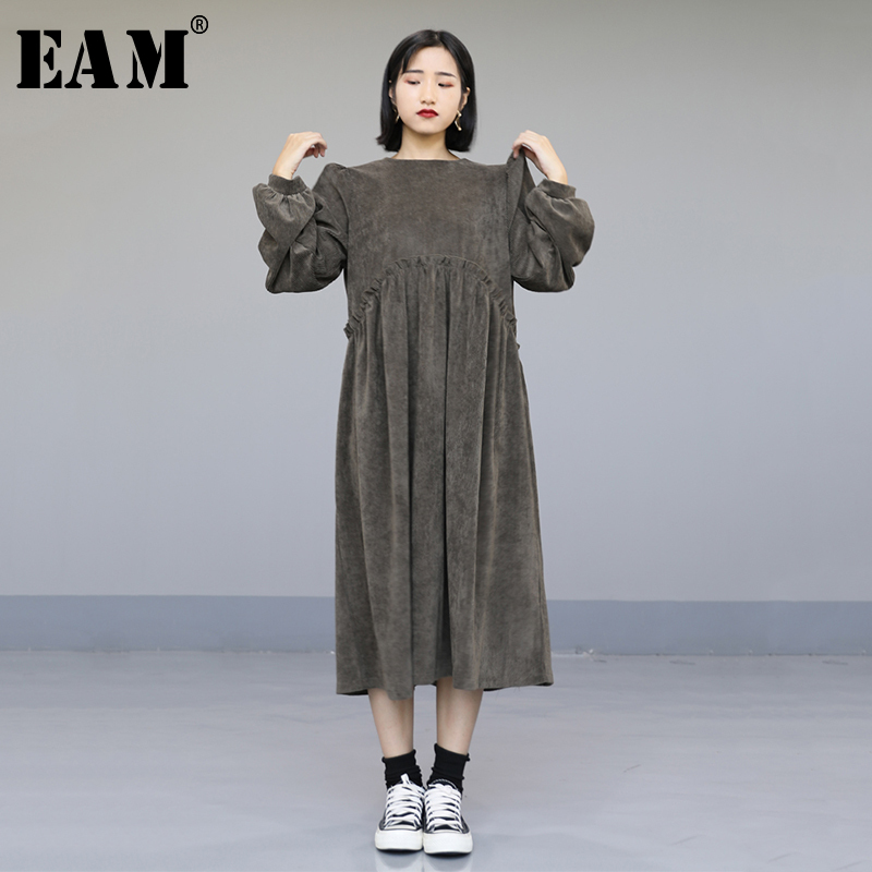 [EAM] Women Striped Corduroy Big Size Temperament Dress New Round Neck Long Sleeve Loose Fit Fashion Spring Autumn 2020 1N536