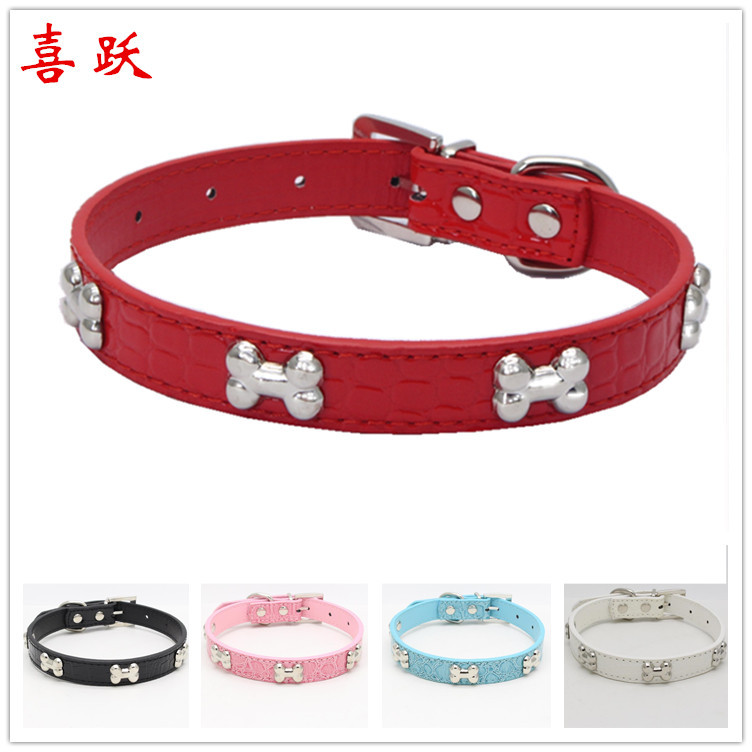 Pu Pet Traction Neck Ring Crocodile Pattern Dog Traction Rope Shiny Side Metal Bone Dog Neck Ring Pet Supplies Dog Chain