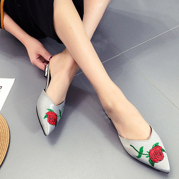 Bailehou NEW Women Flat Mules Shoes Big Size Women Silk Slippers Ladies Sandals Slides Fashion Embroider Woman Outside Slippers