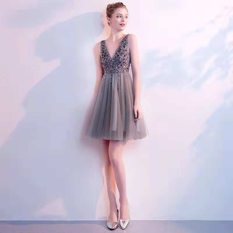 Holievery Beaded Sequins V Neck Tulle Cocktail Dresses 2020 Backless Party Dress Knee Length Women Gowns Robe De Soiree