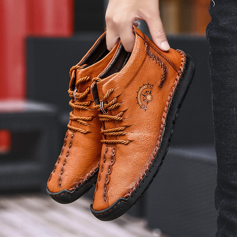 Autumn Winter Boots Men Warm Men Boots With Fur Leather Men Shoes Winter Sneakers Male Outdoor Waterproof Fashion New