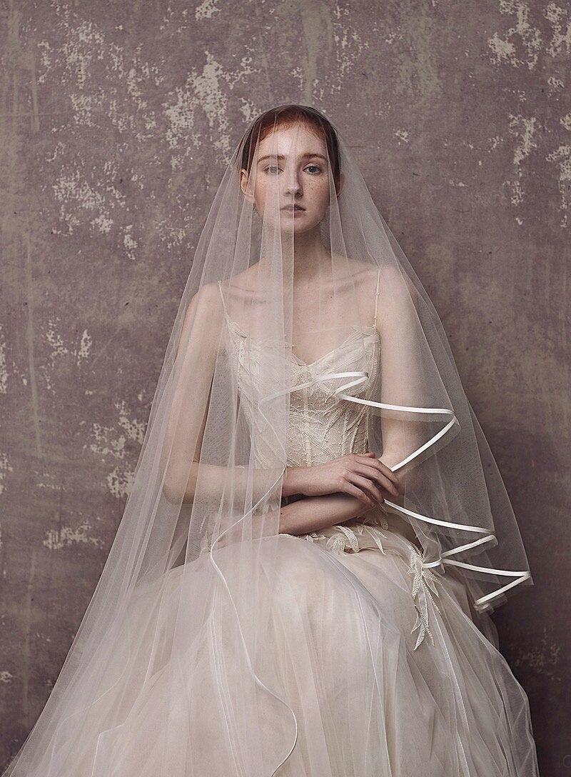 2020 Waltz Length Wedding Veils Simple Ribbon Edge Elbow Length Bridal Veil With Comb 1.5 Meters Wedding Accessories