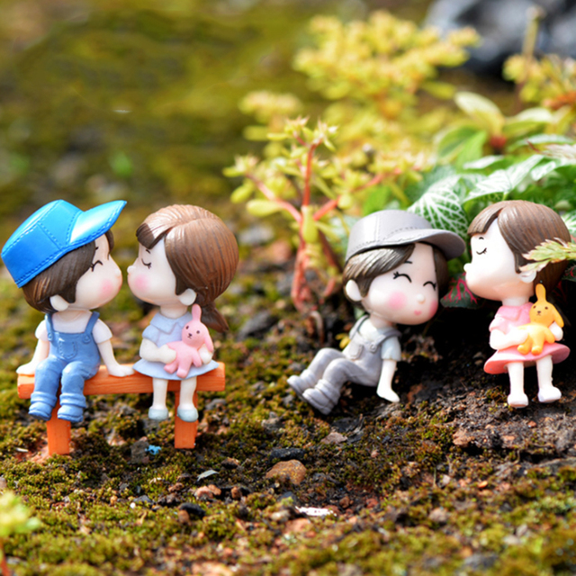 Lovely Figurine Long Lovers Christmas Decorations for Home Halloween Wedding Kitchen Decoration Fairy Garden DIY Christmas Gift 1