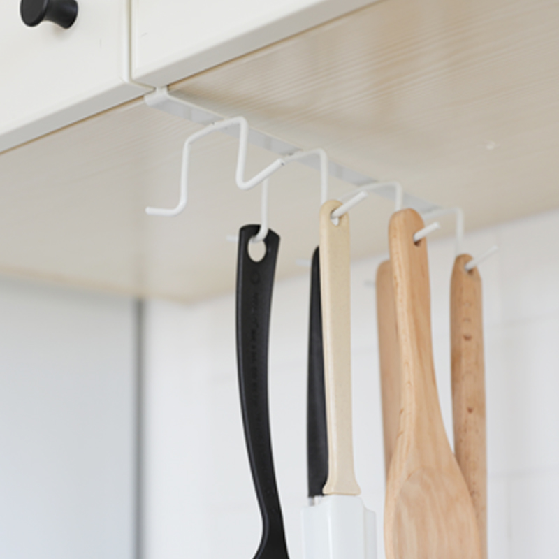 A1 Iron Nail Rack Hook Kitchen Cabinet Partition Nail Cup Holder Mounted On The Shelf At The Bottom Of The Frame  LU50211
