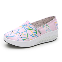 Women's Flat Platforms Toning Shoes Outdoor Lightweight Ladies Walking Sneakers Slip on Women Canvas Wedges Thick Sole Sneakers
