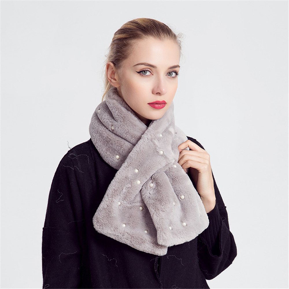 New Winter Imitation Rabbit Plush Scarves Women Warm Fashion Pearl Scarf Female Pure Color Thick Velvet Hijab Stoles Wholesale