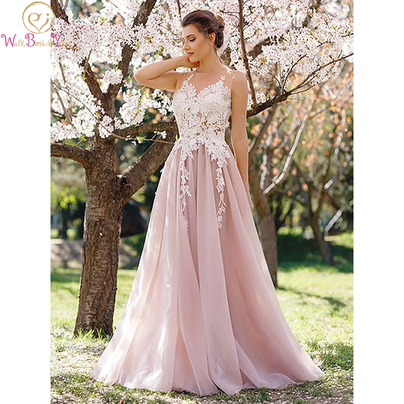 Light Pink Prom Dresses 2020 Elegant Lace Applique Tulle Long  Evening Dress O Neck Sleeveless A Line Chic Party Walk Beside You