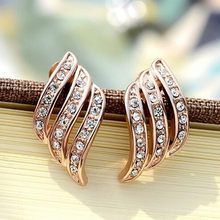 Women Fashion Noble Earrings Rose Gold Earings Diamond-studded Personality Stud Earrings for Women Wedding Jewellery(China)