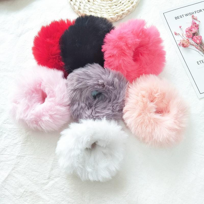Fashion Girls Elastic Faux Fur Scrunchie Hair Rope Ponytail Holder Elastic Plush Hair Ring Hair Accessories Fluffy Hair Ties