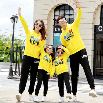 family-matching-clothes-summer-cute-outfits-couple-clothes-mother-and-daughter-tshirt-for-women-ropa-familia-tracksuit-ae50fc