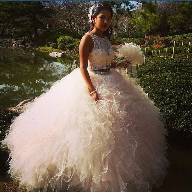 Two Pieces Quinceanera Dresses 2020 Vestidos De 15 Anos Lace Beaded Crystals Cascading Ruffles Sweet 16 Floor Length Prom Dress