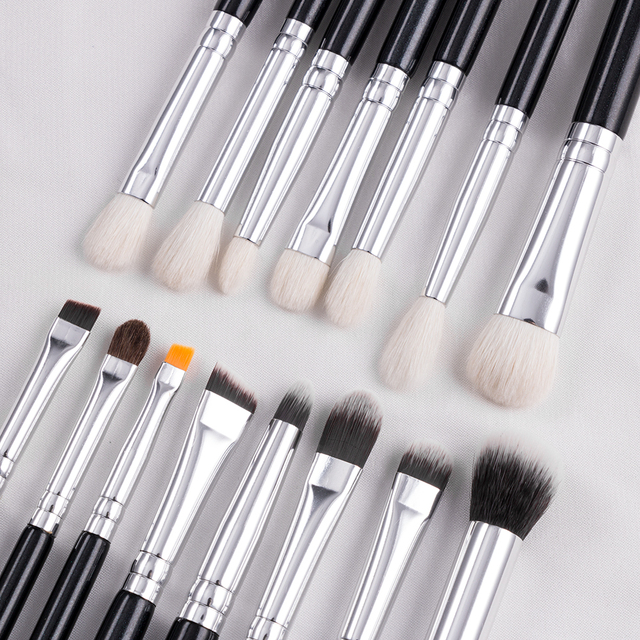 BEILI Black 15Pcs Makeup brushes Natural Goat Pony hair Eye shadow Blending Eyeliner Eyebrow Smokey shade brush set 3