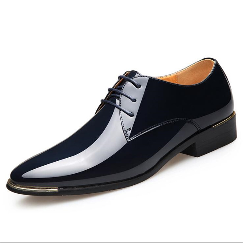 2020 England Trend Casual Shoes Male Oxford Flats Zapatillas Men Plus Sneakers Fashion Pointed Patent Leather Men Shoes Y220