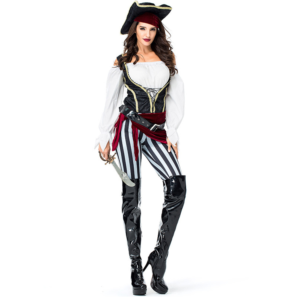 Adult costume pirate woman