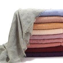 Pañuelo de algodón liso para mujer, hiyab musulmán, plisado, negro y blanco, novedad, 2020