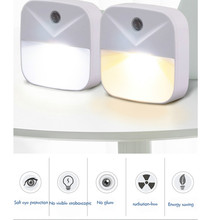 Podłącz światło nocne z czujnikiem bezprzewodowe oświetlenie energooszczędne dzieci salon sypialnia bezpieczna wygodna ciepła biała kinkiet