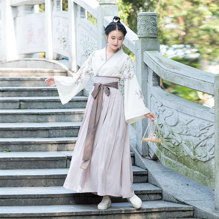 Image 3 - Traditional Japanese Kimono Woman Retro Floral Fashion Haori Clothing Set Spring Oriental Party Photography Clothes for Girls-in Asia & Pacific Islands Clothing from Novelty & Special Use