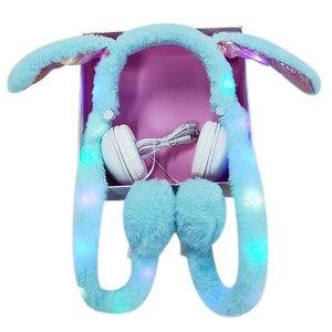 Image 4 - Fones de ouvido femininos com fio, fofos, com luz de led, desenhos animados, anime, headset para computador, celular mp3, presentes para crianças