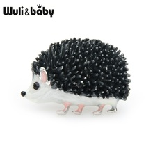 Wuli&baby Black Enamel Hedgehog Brooches For Women Lovely Animal Fashion Jewelry Pins Gift 2019