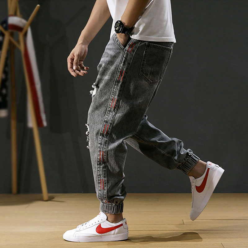 Japanese Style Fashion Men Jeans Stripe Designer Loose Fit Destroyed Ripped Harem Jeans Men Cargo Pants Streetwear Hip Hop Jeans