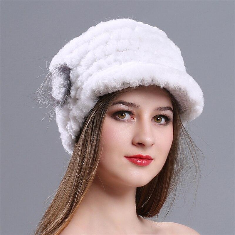 Зимние осенние теплые утепленные меховые шапки повседневные меховые женские русские козырьки шапочки вязаные шапочки Кролик меховой цветок полосатая женская шапка - Цвет: 4