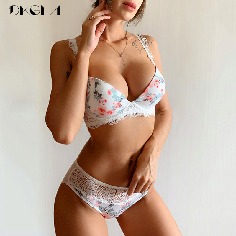 2019 New Black Printing Bras Women Underwear Set Sexy Cotton Push Up Bra Set Thick Brassiere A B C Cup Lace Lingerie Sets White 1