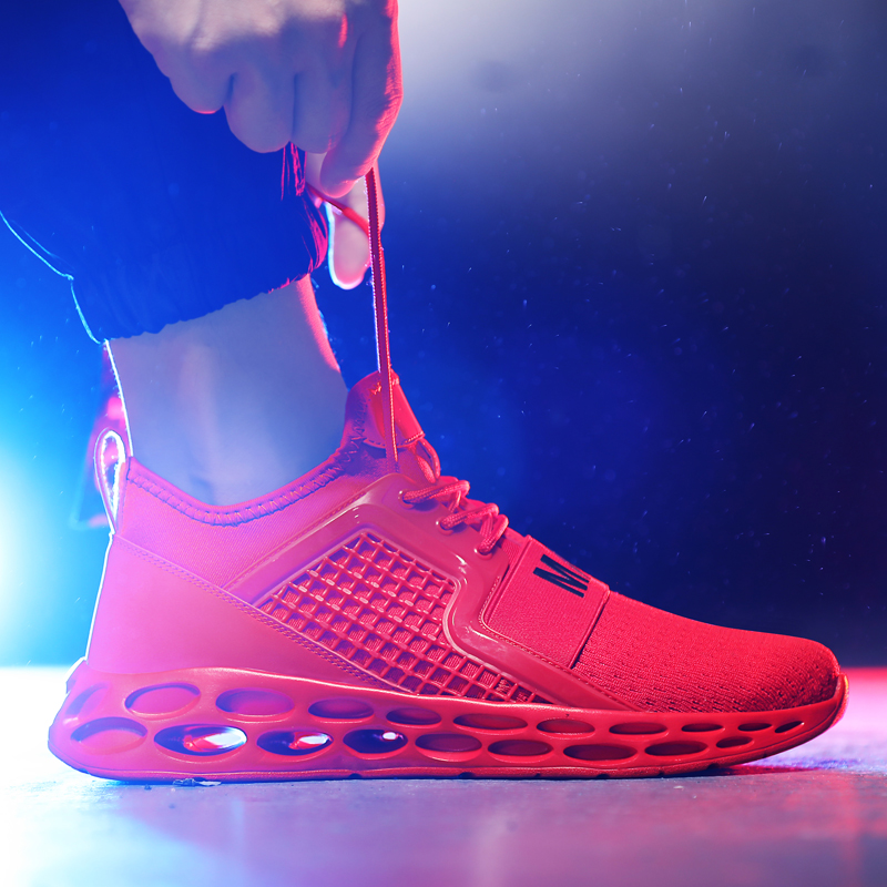 Men Shoes Fly Knit Mesh Breathable Light Weight Running Shoes 2019 Fashion Sports Shoes Adult Sneakers Hollow Sole Plus Size 48