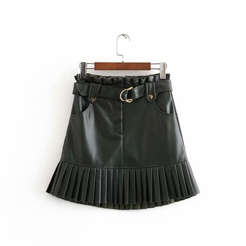 New fashion trend of autumn women's wear in 2019 small pleated imitation leather mini-step cake skirt 3