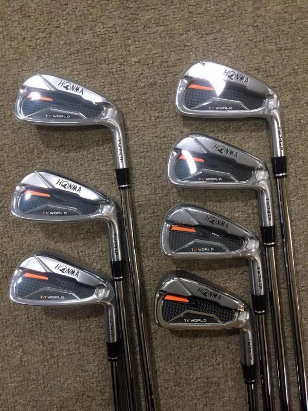 2020 New Men's Golf Iron Set HONMA TW747P Golf Iron 4-11 Iron Club Graphite Shaft R / S /   Free Shipping
