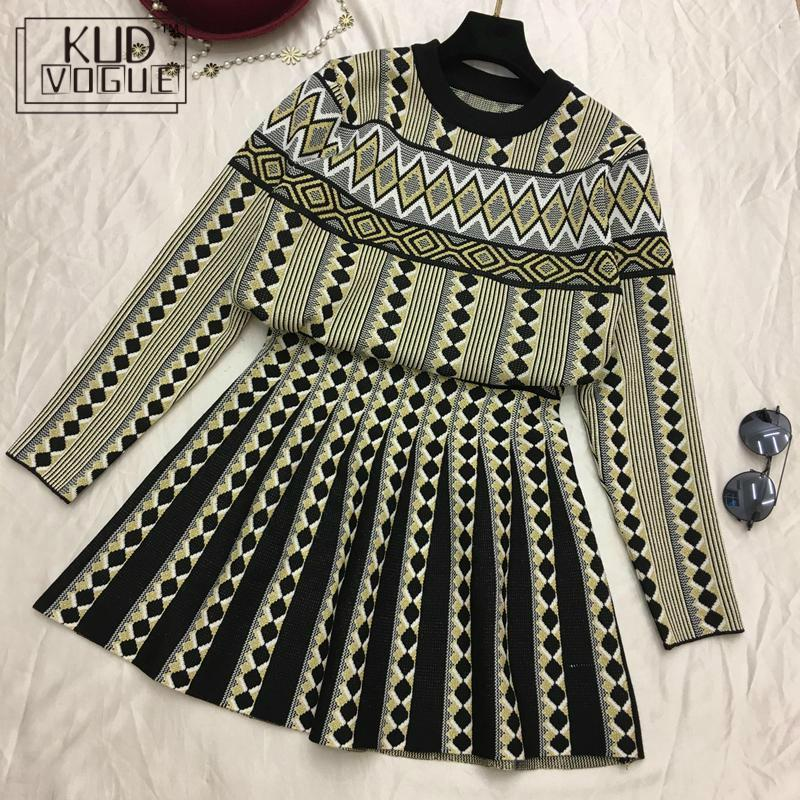 Women Clothing Sets Vintage Knitted Suit Skirt Set Sporting Suit Female Two Piece Set Geometric Printed 3Colors New Sweatsuit