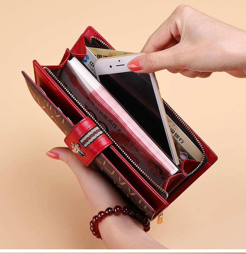 carteira feminina titular do cartão de banco