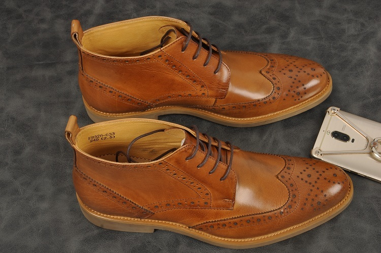 New Men's  Bullock Carved Oxford Shoes  Genuine Leather Pointde Toe Lace Up Ankle Boots Party Wedding Single Boots