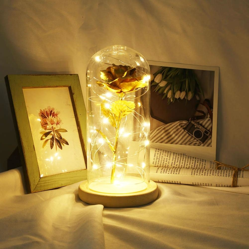 Rosa Chapada En Oro Con Luz LED En Cúpula De Vidrio
