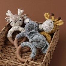Bebê mordedor brinquedos de madeira carrinho de bebê móvel berço anel crochê chocalho mordedor