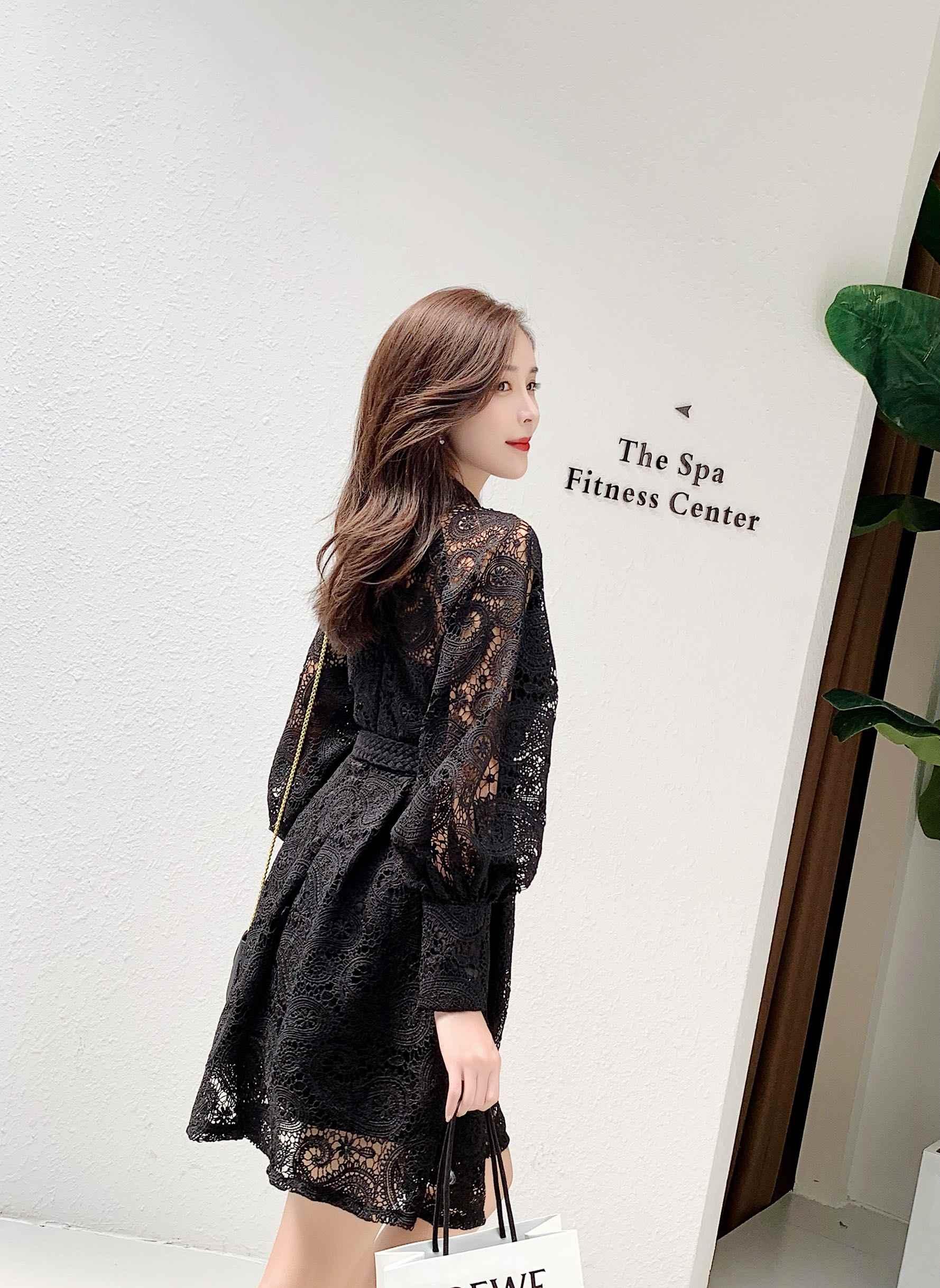 Женское кружевное подиумное платье на поясе, роскошное ажурное платье из высококачественной ткани, с воротником-стойка, рукавом-фонарик, завышенной талией, сексуальная модель для женщин 2019