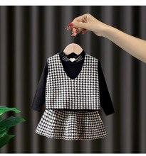 2020秋服セットベビー女の子高品質3本の衣類のスーツチョッキプリーツスカート & ベレー帽子の女の服セット