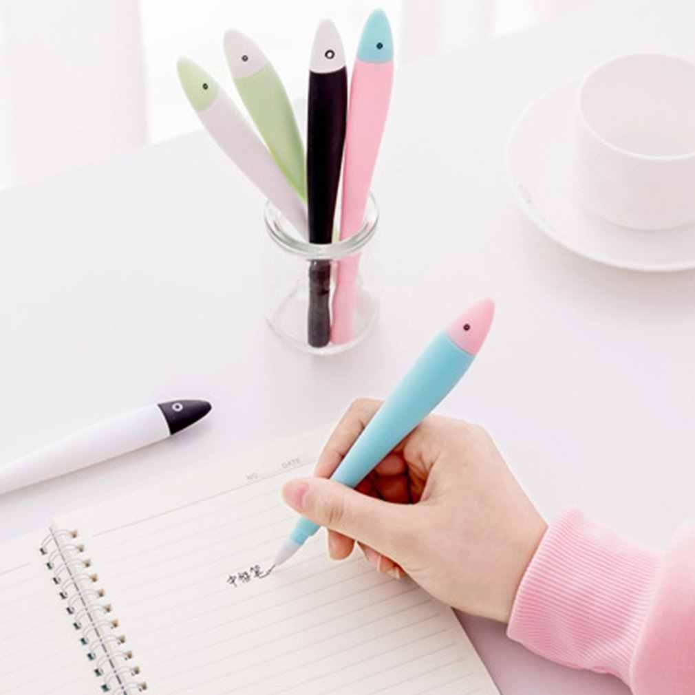 0.38MM benzersiz karikatür balık siyah mürekkep plastik kalemler Kawaii öğrenci kırtasiye kalem ofis malzemeleri okul yazma tükenmez kalem
