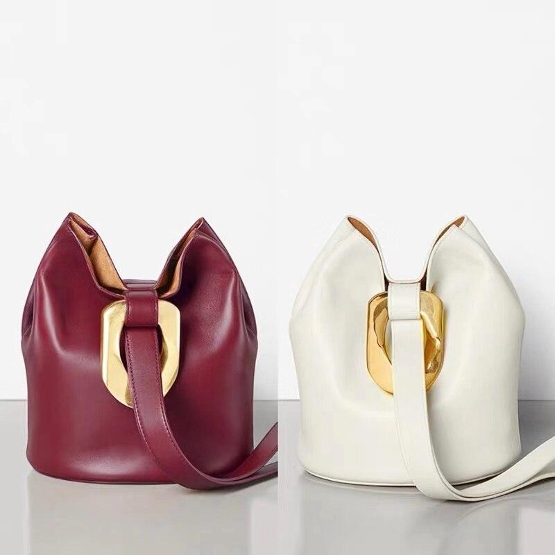 2019 nouveau rétro Simple vent mode en cuir véritable seau sac en cuir de vachette métal boucle femmes épaule petit seau sac à main