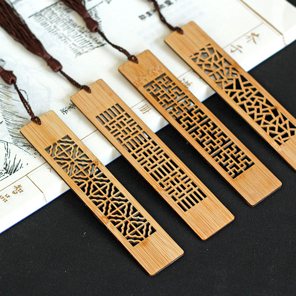 1pc Wooden Bookmarks Classic Vintage Hollow Retro Chic Bookmark Fir Gifts PUO88