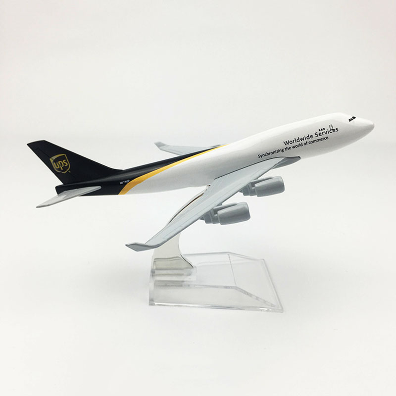 16CM 1:400 Boeing 747 B747 Model UPS Airplanes Cargo With Base Alloy Aircraft Plane Collectible Display Model  Toys Collection