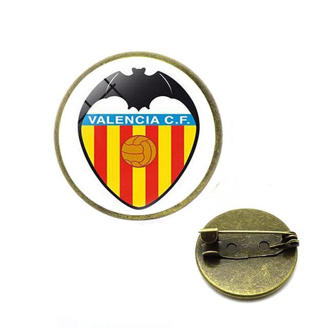Football Club Logo Brooches Team Logo Glass Cabochon Team Logo Brooches Pins for Football Fans Jewelry Enamel Pins Hijab Pins