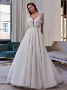 Swanskirt Wedding-Dr...