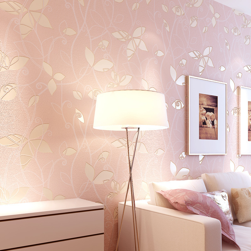 Warm Pastoral Style Non-woven Wallpaper 3D Rotary Screen Foaming Pink Small Leaves Bedroom Wallpaper Wholesale