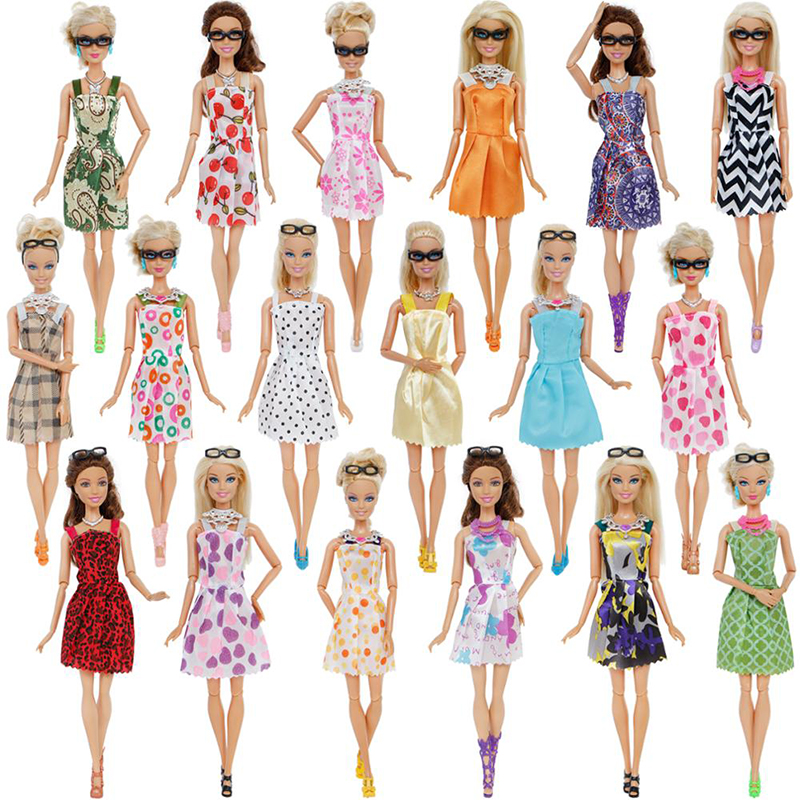 20 Pcs/Lot Random 10x Mixed Style Mini Dress + 6x Plastic Necklaces + 4x Black Glasses Clothes For Barbie Doll Accessories