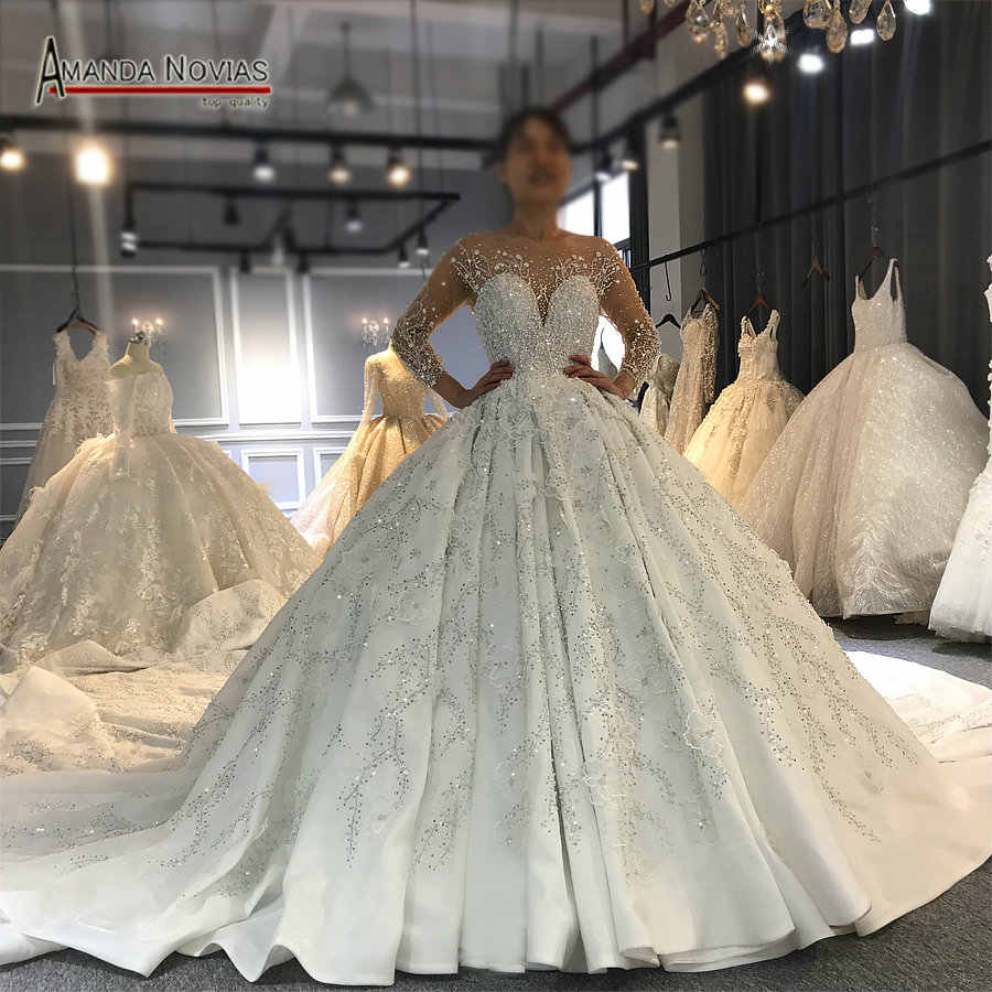Amanda Novias high quality custom made wedding dress 2010 design luxury bridal dress