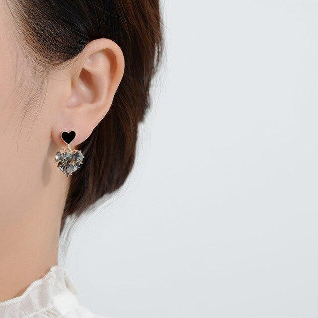 2020 New Arrival Trendy Grey Crystal Love Heart Dangle Earrings For Women Sweet Fashion Jewelry Fashion Oorbellen 2