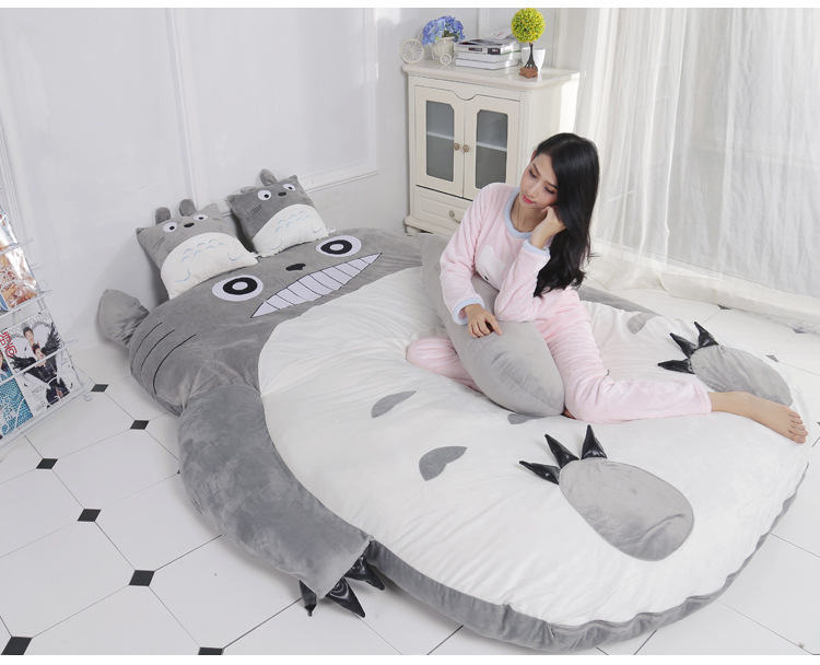 Cartoon mattress Totoro lazy sofa bed Suitable for children tatami mats Lovely creative small bedroom sofa bed chair 9