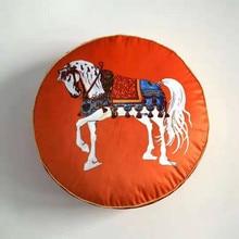2019 impreso redondo terciopelo almohada asiento silla Europa Vintage decoración del hogar funda de cojín de lujo forma redonda caballo decorativo