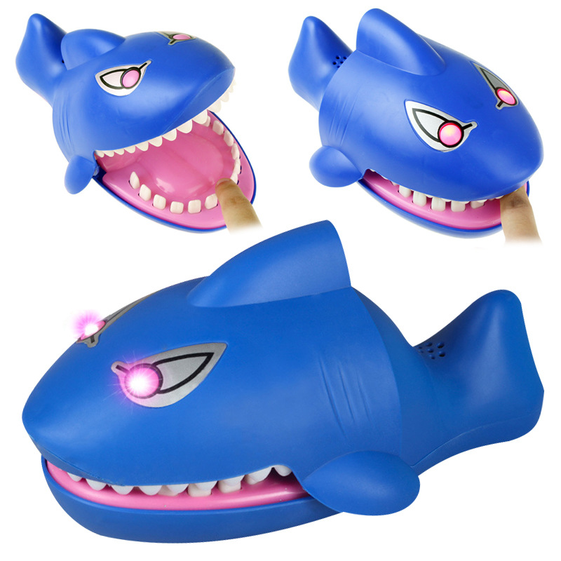 L Size Biting Shark Lucky Fish With Light&Sound Joke Gadgets Party Travel Game For Kids Children Adult Family Halloween Toy Game